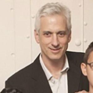 Dr. Gary Kupfer Head Shot